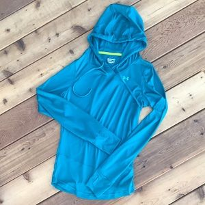 Under Armour hooded long sleeve pullover